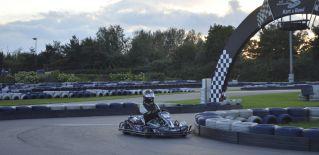 9 Stunden Rennen im Kart & Bowl