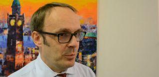 Sven Hase stellt AGW Revision GmbH vor